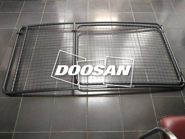 Защита лобового стекла экскаватора Doosan